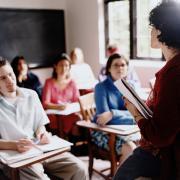 סגל אקדמי בכיר ועמיתי הוראה